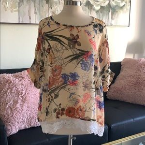 Grace and lace floral lace trim top one size OS